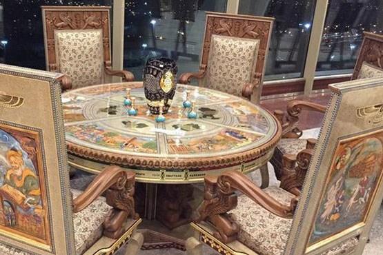 مبل ۲ میلیارد تومانی در برج میلاد!(+عکس)