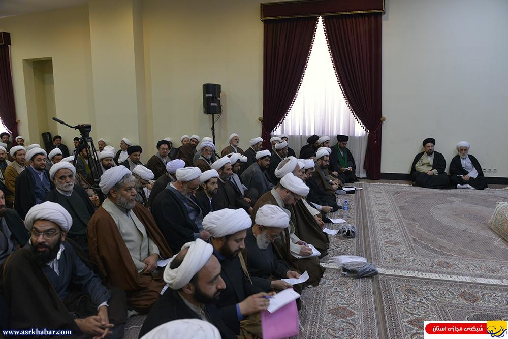 جلسه درس آیت الله سید حسن خمینی با طلاب تهران(عکس)