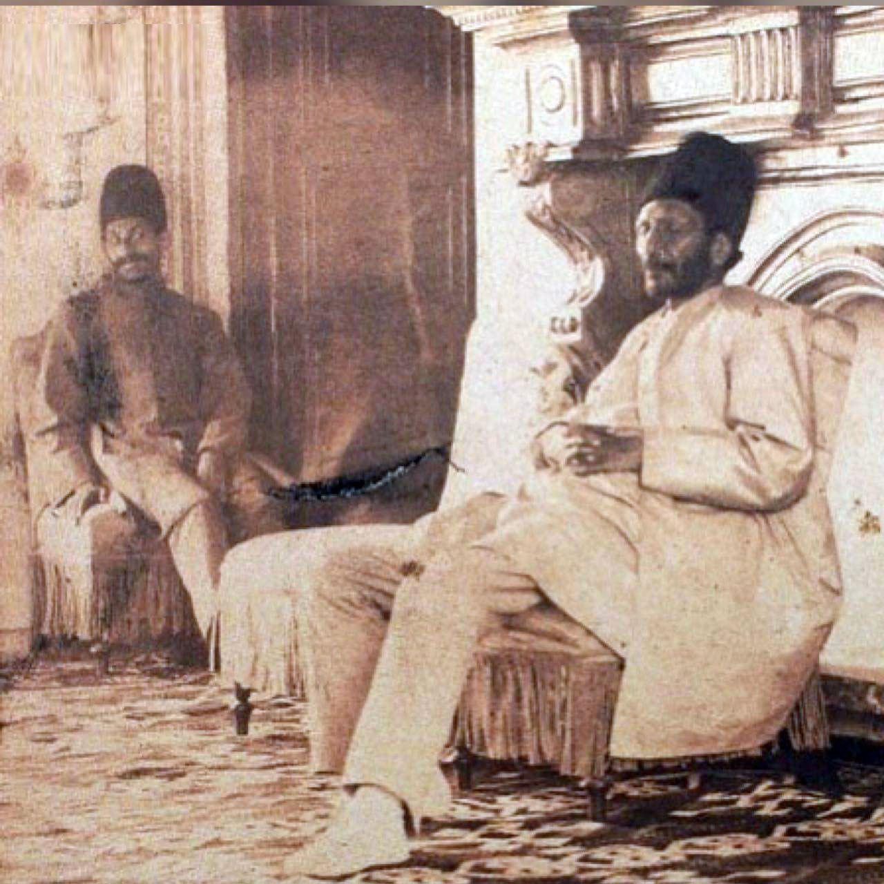عکس: وقتی آقای چرتی سوژه ناصرالدین شاه شد!