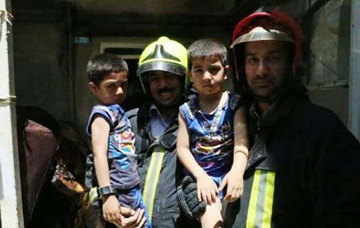 آتش افروزی دوقلوهای مشهدی +عکس