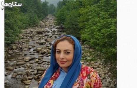بازیگر زن در جاده دوهزار(عکس)