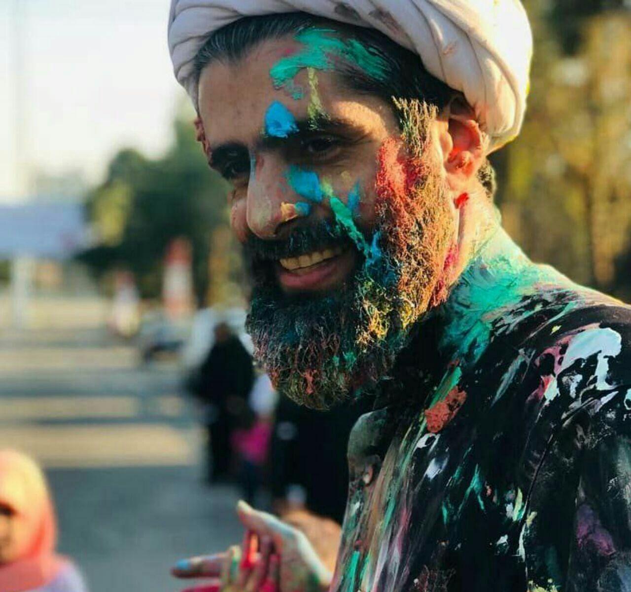 روحانی که رنگ بازی می کند! (+عکس)