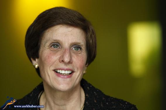 آیرین روزنفلد، مدیرعامل و رئیس هیات مدیره شرکت های موندلیز و کدبری شرکت های بزرگ موادغذایی آمریکا هستند.