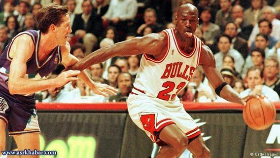 مایکل جردن، بسکتبالیست افسانهای آمریکا در سال ۲۰۰۷ از همسرش خوانیتا وانوی جدا شد. پیش از طی شدن مراحل طلاق احتمال داده میشد او ۱۵۰ میلیون دلار از ثروت ۳۵۰ میلیون دلاری جردن را کسب کند. طبق حکم دادگاه ۱۶۸ میلیون دلار به خوانیتا وانوی تعلق گرفت.