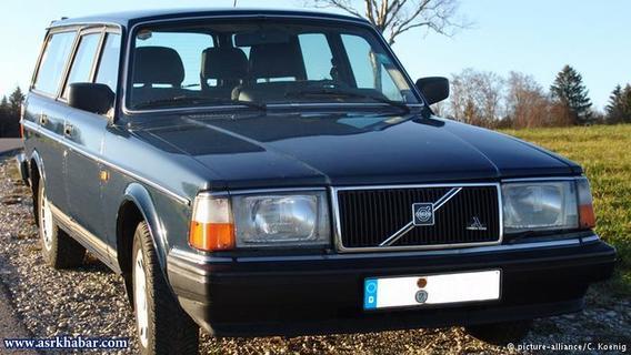 Volvo 240/ظاهر این خودرو که تا سال ۱۹۹۶ در کشورهای مختلف تولید میشد نیز چندان زیبا نیست.